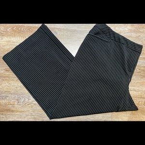 Lane Bryant black pinstriped dress pants 20 short